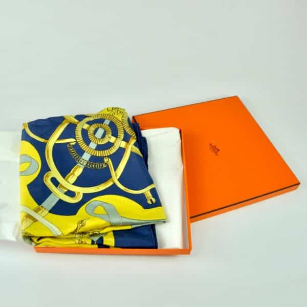 divine style hermes silk scarf eperon d'or 9