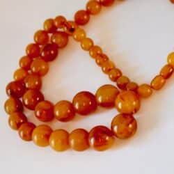 divine-style-french-antiques vintage butterscotch amber