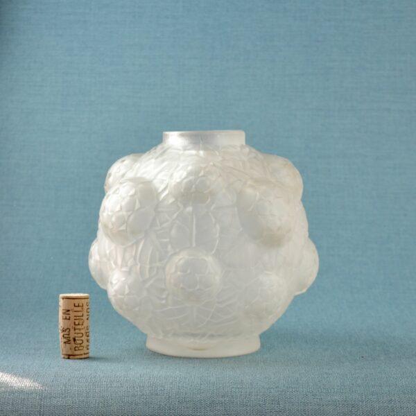 divine style french antiques espaivet art deco globe vase 3