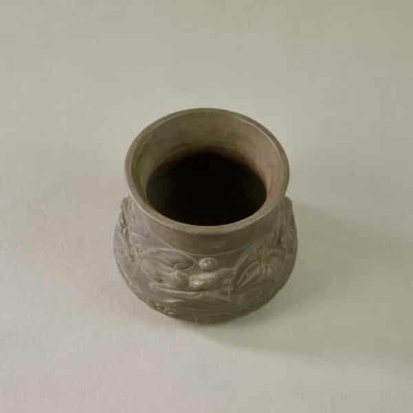 divine style french antiques sarreguemines terre d'égypte vase art nouveau 1