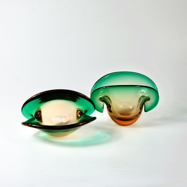 pair of murano glass vase mid century modern 1960s oyster Venetian glass