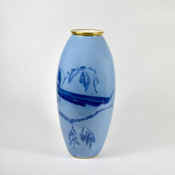 large L Chanbon et fils Limoges vase bleu de four 1930s art deco porcelain vase with magpies 3 (1)