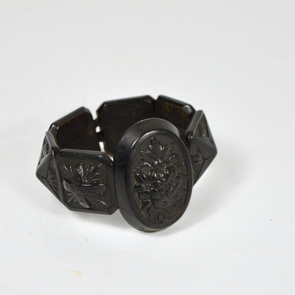 Victorian bog oak bracelet 1850 antique mourning jewelry