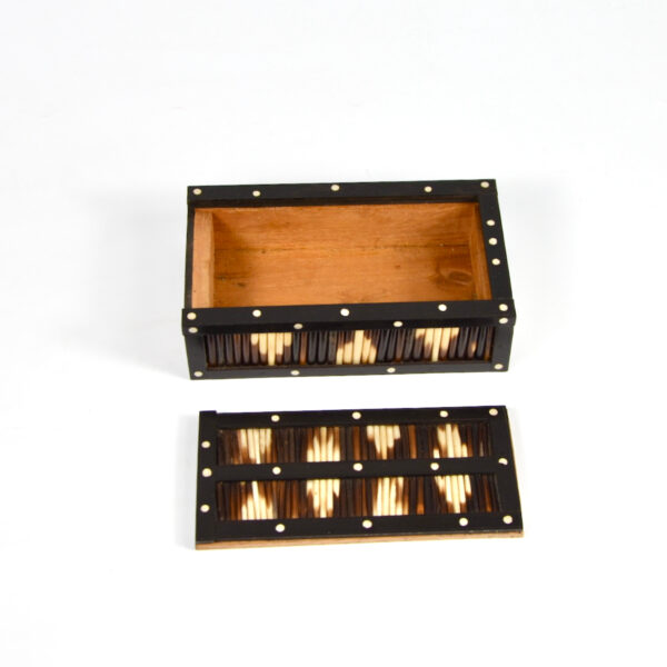 Ceylonese porcupine quill box ebony anglo indian box
