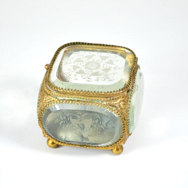 antique 19thc French bevelled glass reliquary jewellery box ormolu napoleon III 5