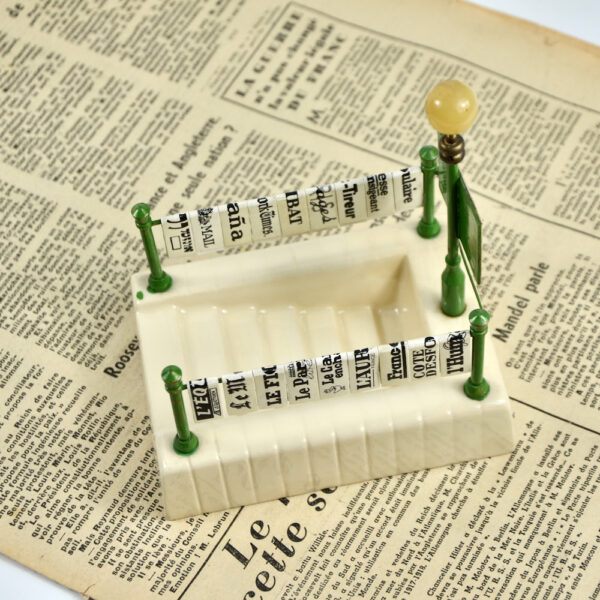 miniature Paris Metro newsstand aperitif set french vintage barware bar accessory 1940s 1